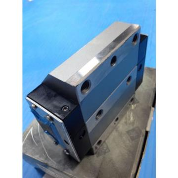 NEW Korea china REXROTH 1851-412-10 LINEAR RUNNER BLOCK ROLLER RAIL / D-97419 BEARING (U3)