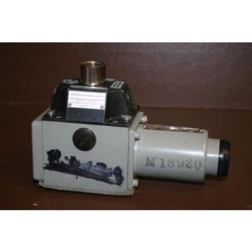 Directional France Greece valve 4 port Hydraulic 4WE8Y3 24 VDC Rexroth Unused