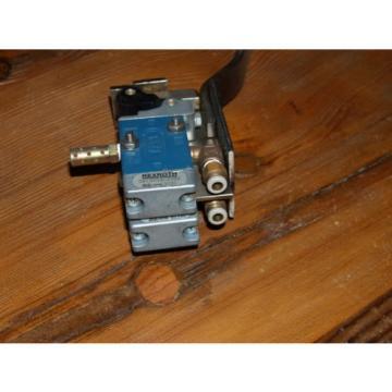 REXROTH Greece Mexico Worldwide Pneumaics Minimaster Valve # GB13003-0955- 150 PSI  B295