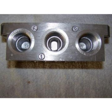 "Rexroth Canada Australia P68420 Valve Aluminum Subbase Manifold 3/4"" Female NPT MH"