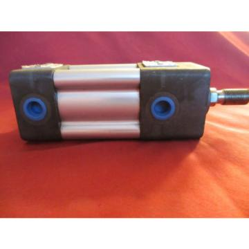 Bosch Russia Singapore RexRoth P68174-3010, L294, Pneumatic Cylinder, 1 1/2 x 1, 200PSI