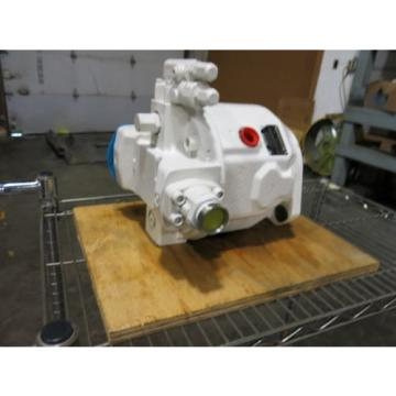 Rexroth Korea Canada Hydraulic Pump 33 GPM 4000 PSI Pressure Compensated Unused