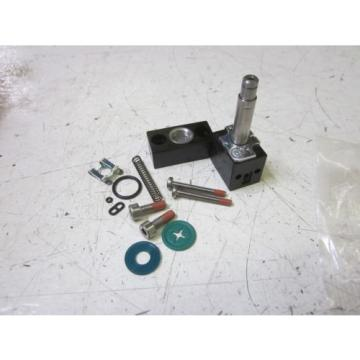 REXROTH Dutch Dutch 1 827 009 537 CYLINDER REPAIR KIT *NEW IN A FACTORY BAG*