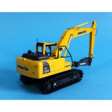 UH Universal Hobbies 1:50 Komatsu PC210 Tractor Hammer Drill