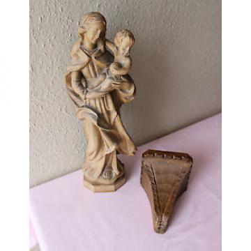schöne handgeschnitzte Madonna mit Jesuskind aus Linde mit Wandsockel - 40 cm