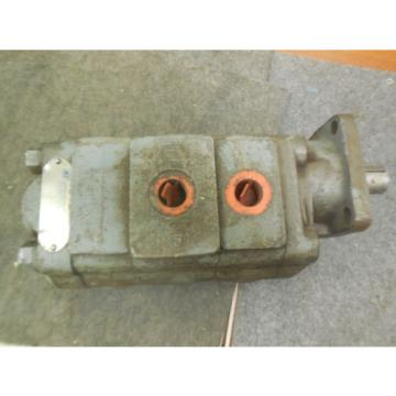 PARKER COMMERCIAL HYDRAULIC PUMP # 313-9122-156