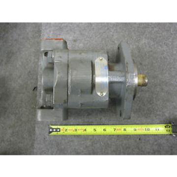 NEW PARKER COMMERCIAL HYDRAULIC PUMP # 324-9114-605