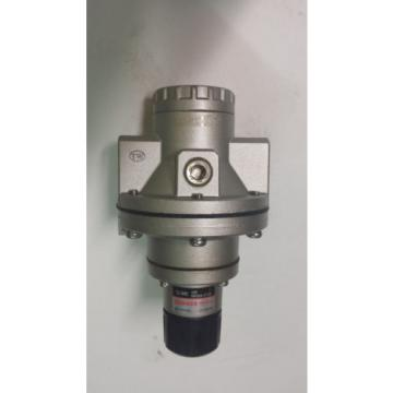 NEW SMC NAR425 AIR REGULATOR