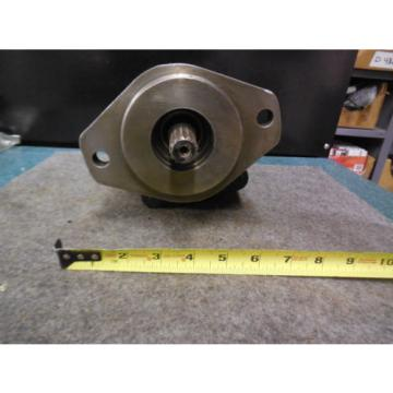 NEW PARKER COMMERCIAL HYDRAULIC PUMP # 12 324-9110-366 022