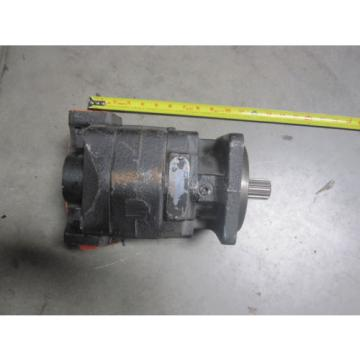 NEW PARKER COMMERCIAL HYDRAULIC PUMP # 322-9210-035