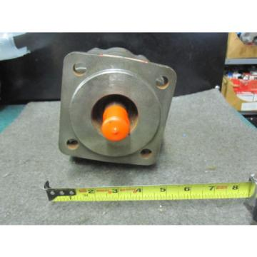 NEW PERMCO HYDRAULIC PUMP # 506220-6
