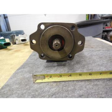 NEW PARKER COMMERCIAL HYDRAULIC PUMP # 308-9126-017