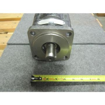NEW PARKER COMMERCIAL HYDRAULIC PUMP # P330A442XXAB20-43