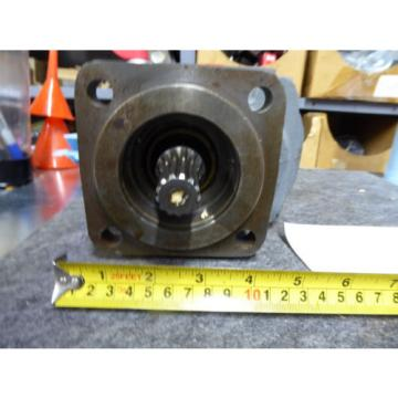 NEW PARKER COMMERCIAL HYDRAULIC PUMP # 313-9310-387