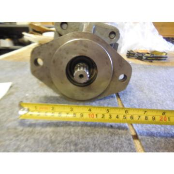 NEW PARKER COMMERCIAL HYDRAULIC PUMP # 312-9112-553