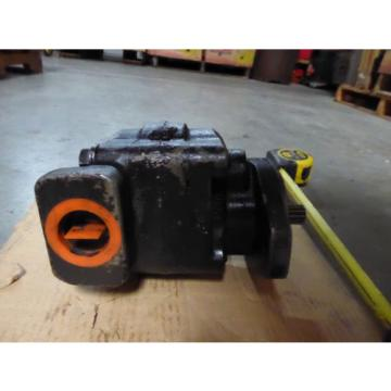 NEW PARKER COMMERCIAL HYDRAULIC PUMP # 324-9110-248