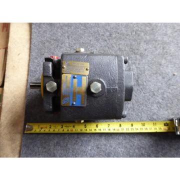 NEW ROTARY POWER NEWCASTLE HYDRAULIC PUMP C04FAPOVR00A1