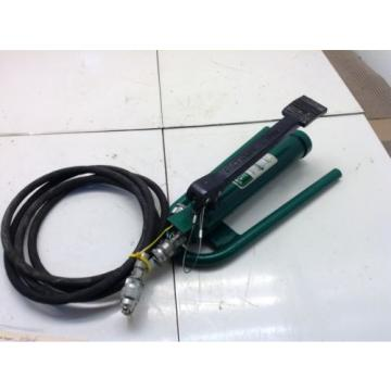 Greenlee 1725 Hydraulic Foot Pump (94530)