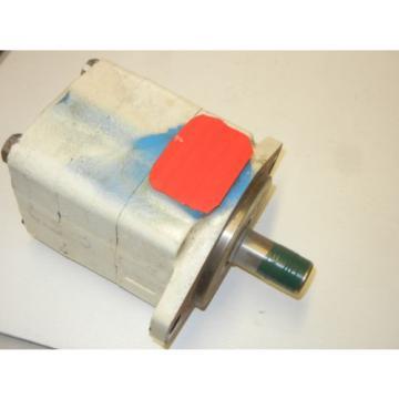 VICKERS 35VQ25A 1C20 USED HYDRAULIC VANE PUMP 421527-3 AADAA1 35VQ25A1C20
