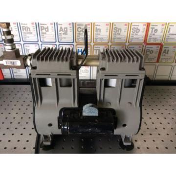 Welch Vacuum Pump 2585B-01