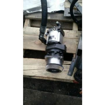 SAUER DANFOSS GEAR PUMP TYPE A31 5L38519160160