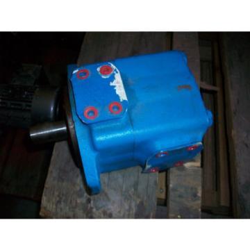 Eaton Vickers Rotary Vane Pump 35V30A A22R    02-13712 41    USED