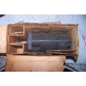 EATON 104-1854-006 HYDRAULIC PUMP 1/2#034; NPT CONNECTION