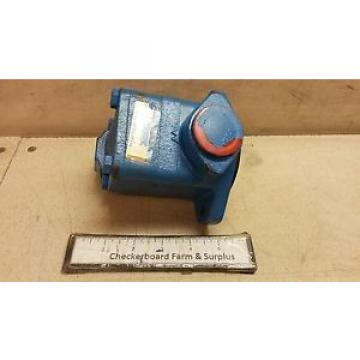 NOS Vickers Eaton Rotary Pump 193024 V101P2S0A20024 2-gpm Vane 100-psi