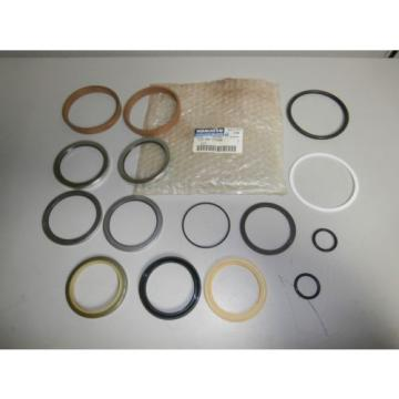 New Genuine Komatsu 707-98-27600 Seal Kit for PC100-5 Bucket OEM *NOS*