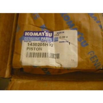 New OEM Komatsu Piston 1430205H92 Open Packaging