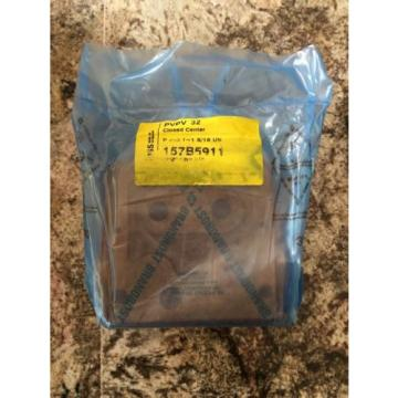 Sauer-Danfoss 157B5911 Type PVP 32 Closed Center Valve New Sealed In Bag ;