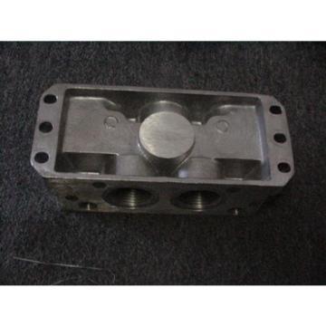 """Rexroth Italy Germany P68420 Valve Aluminum Subbase Manifold 1"""" Female NPT MH NEW"""