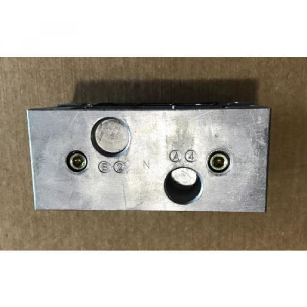 P68430 Korea Singapore Ceram Valve Subplate Rexroth/Wabco/American Standard #6 image
