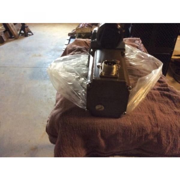 Rexroth India Italy Hydraulics servo valve, # 4WRDU 16 W200L-51/6L15K9/VR, rebuilt #7 image
