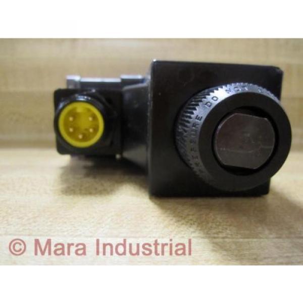 Rexroth USA Italy Bosch Group R978029710 Directional Control Valve - New No Box #3 image