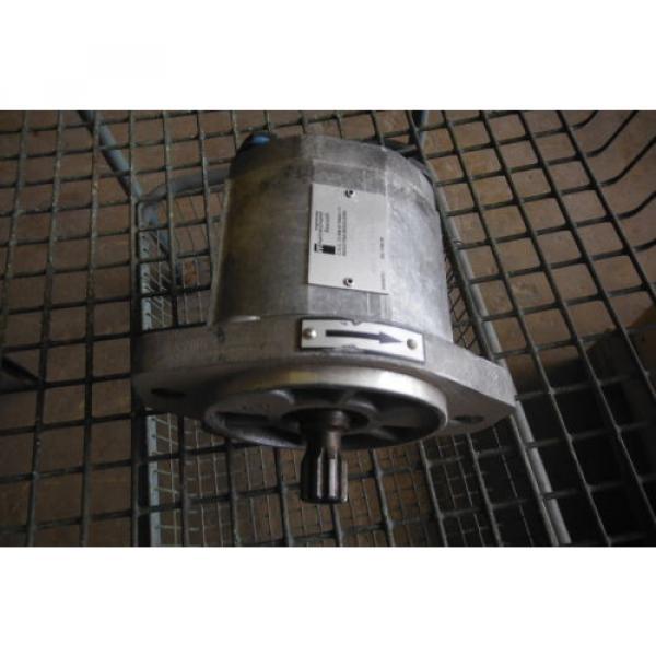 REXROTH France Dutch   IPF2G2-40B/016 RRISMR HYDRAULIC PUMP  USED #8 image