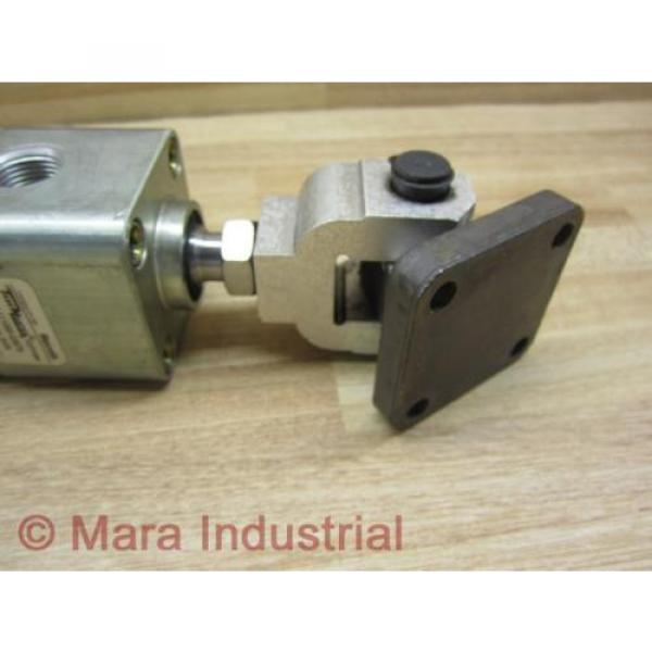 Rexroth Italy Greece TM-111000-03070 Cylinder - Used #3 image