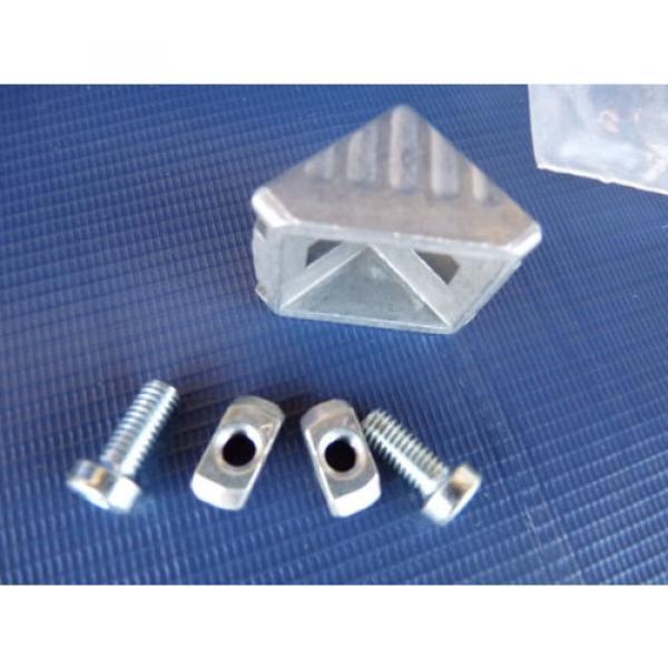 Set Canada Canada of 4 NEW Bosch Rexroth Gusset 3842523528 30x30 w/ Fastener 8-8mm Orig. Pkg. #2 image