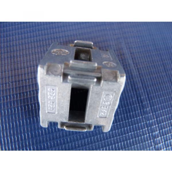 Set Canada Canada of 4 NEW Bosch Rexroth Gusset 3842523528 30x30 w/ Fastener 8-8mm Orig. Pkg. #5 image