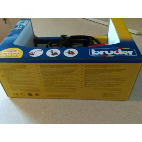 BRUDER LINDE FORK LIFT WITH PALLETS 1:16 SCALE #5 image