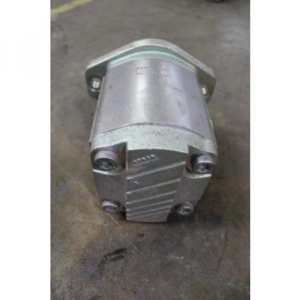 """NOS India Germany REXROTH 9510490010 FD109 HYDRAULIC PUMP 1-1/2"""" NPT INLET 1-1/4"""" NPT OUTLET #4 image"""