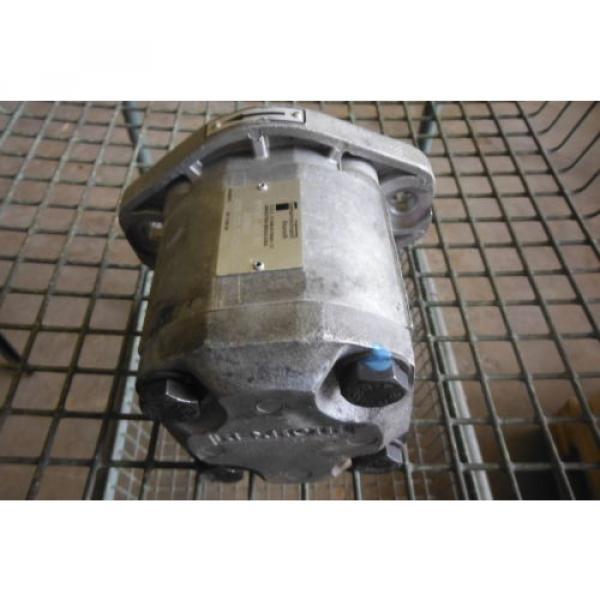 REXROTH France Dutch   IPF2G2-40B/016 RRISMR HYDRAULIC PUMP  USED #3 image