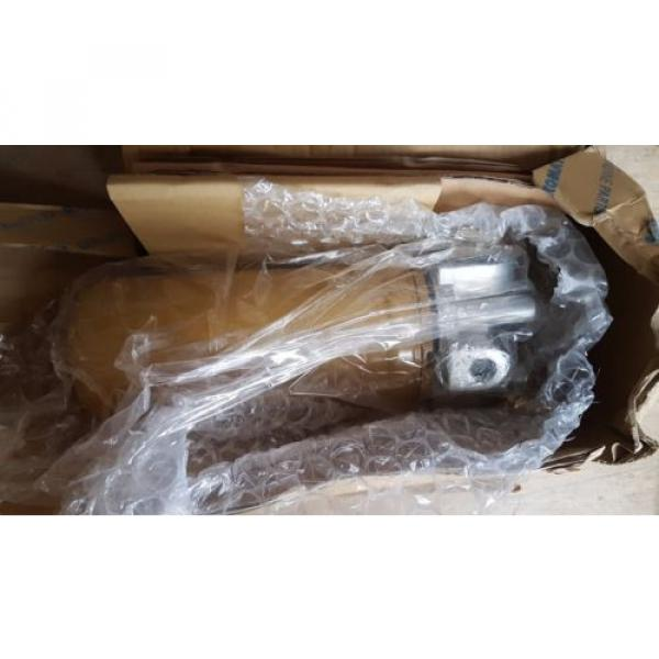 New Komatsu Filter Ass'y 714-07-28703 / 7140728703 Japan #1 image