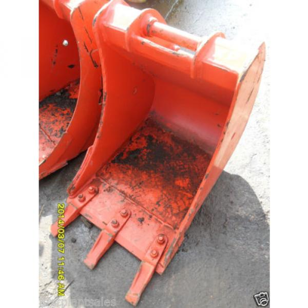 "18"" KOMATSU PC30/35 Digging bucket Pin 35mm D/W 145mm C/C 200mm (674/721) #1 image"