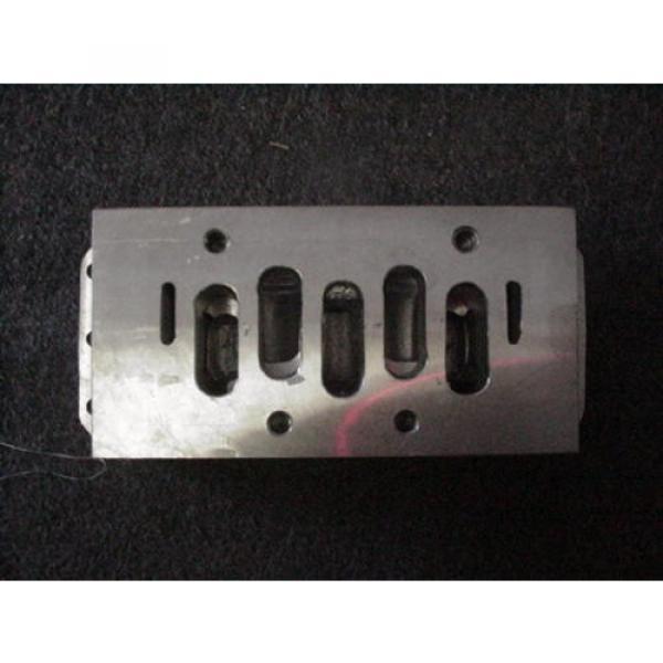"Rexroth Italy Germany P68420 Valve Aluminum Subbase Manifold 1"" Female NPT MH NEW #3 image"