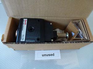 Bosch Germany Singapore Rexroth 0 821 300 934 non utilizzato in conf. orig.