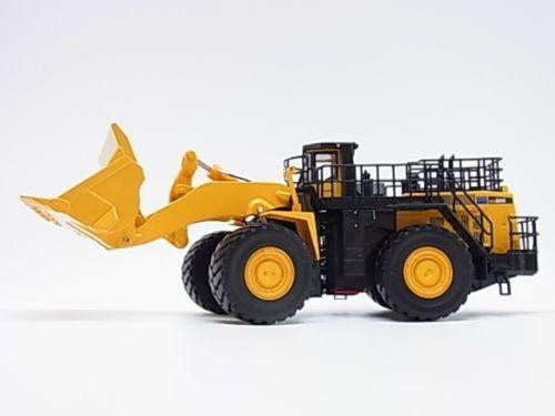 New! Komatsu wheel loader WA900-3 1/50 Big diecast model First Gear f/s Japan