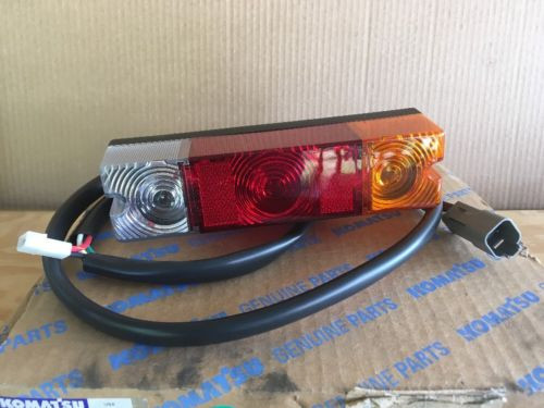 NIB Komatsu Rear Combination Lamp (Rear Tail Light) P/N 3EB-55-A6660