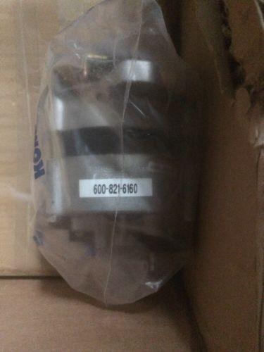 Komatsu Lichtmaschine Generator 600-821-6160
