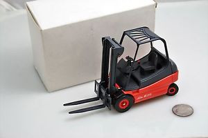 Conrad 2985 Linde E25 fork lift truck 1:25 scale
